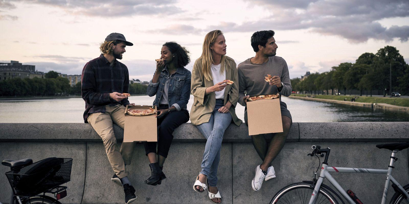 Friends_pizza